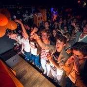 PiXMiX Orange @ Péniche Cancale – Dijon